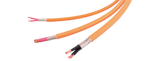 Automotive market: Extending the RADOX® high-voltage cable range
