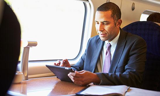 HUBER+SUHNER und ENGIE INEO unterzeichnen Rahmenabkommen für Modernisierung der TGV-Flotte