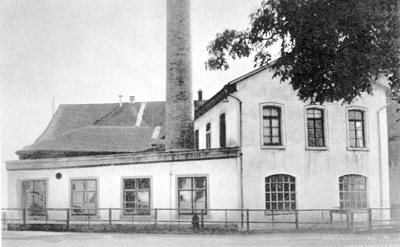 First factory, Pfäffikon, Switzerland, 1882